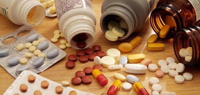 """Din farmacii lipsesc medicamente vitale pentru bolnavii cronici. """"Totul depinde de producătorul străin"""""""