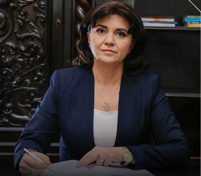 Monica Anisie: Mediile vor fi încheiate cu minimum două calificative sau note. Evaluarea Națională începe pe 15 iunie, iar Bacalaureatul pe 22 iunie