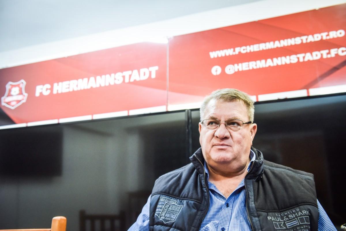 """Propunerea lui Iuliu Mureșan: """"Să jucăm fără spectatori. Televiziunile ar avea audiență maximă cu atâta lume acasă"""""""