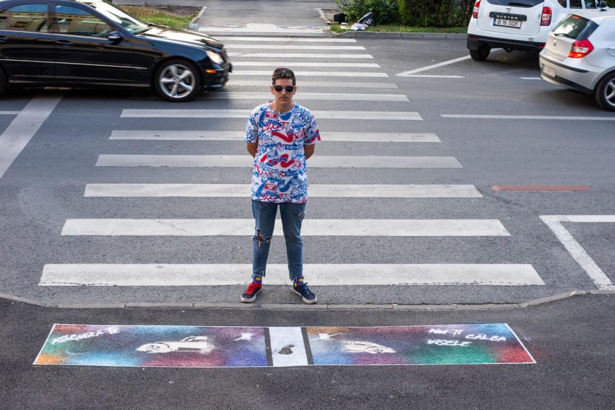 Proiect unic în Sibiu. Mesaje sugestive vor fi amplasate la trecerile de pietoni pentru atenționare