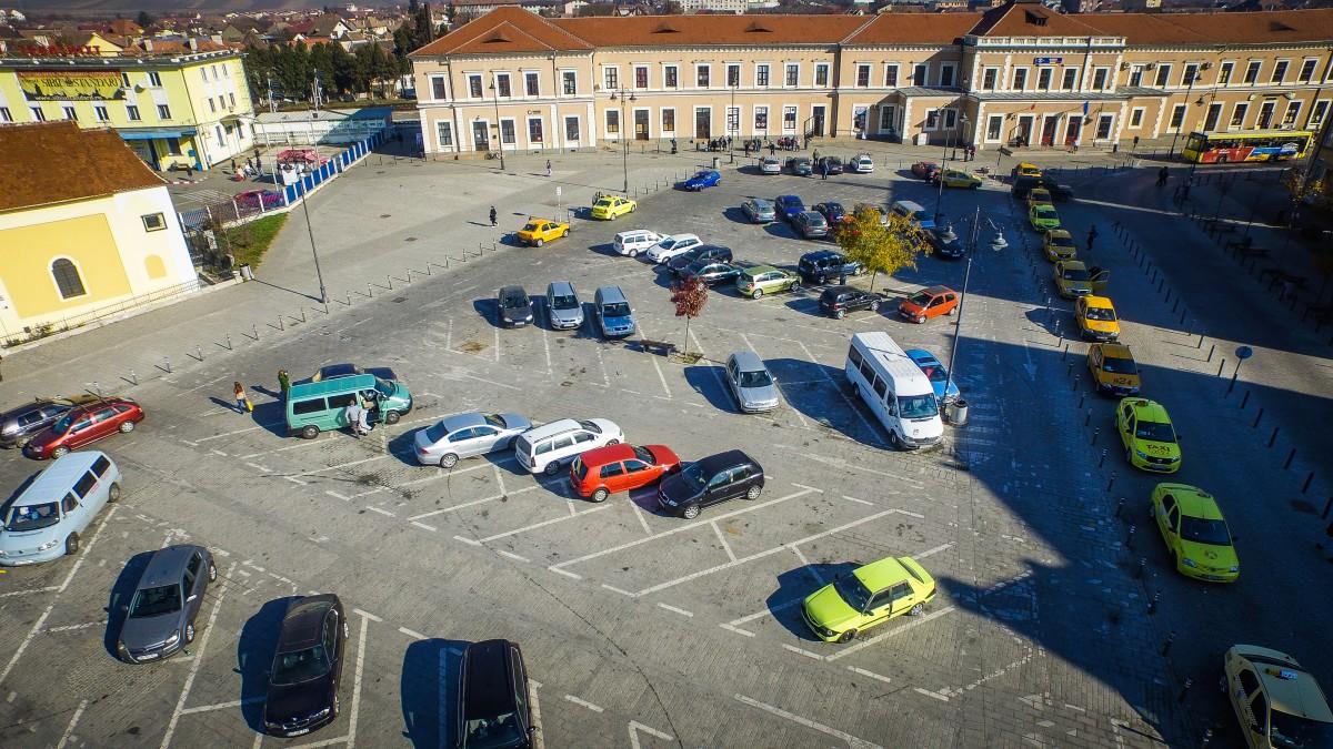Marile proiecte ale Sibiului. După patru licitații, Primăria a reușit să angajeze un proiectant pentru parcarea subterană de la gară