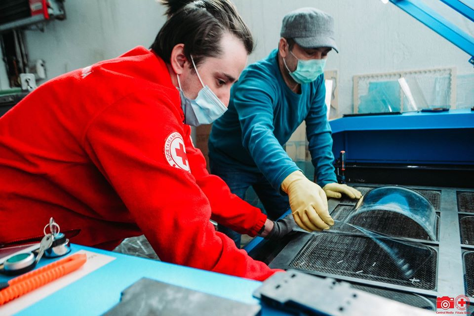 Crucea Roșie Sibiu a avut o săptămână plină de misiuni umanitare. Organizația poate fi ajutată să-și continue proiectele
