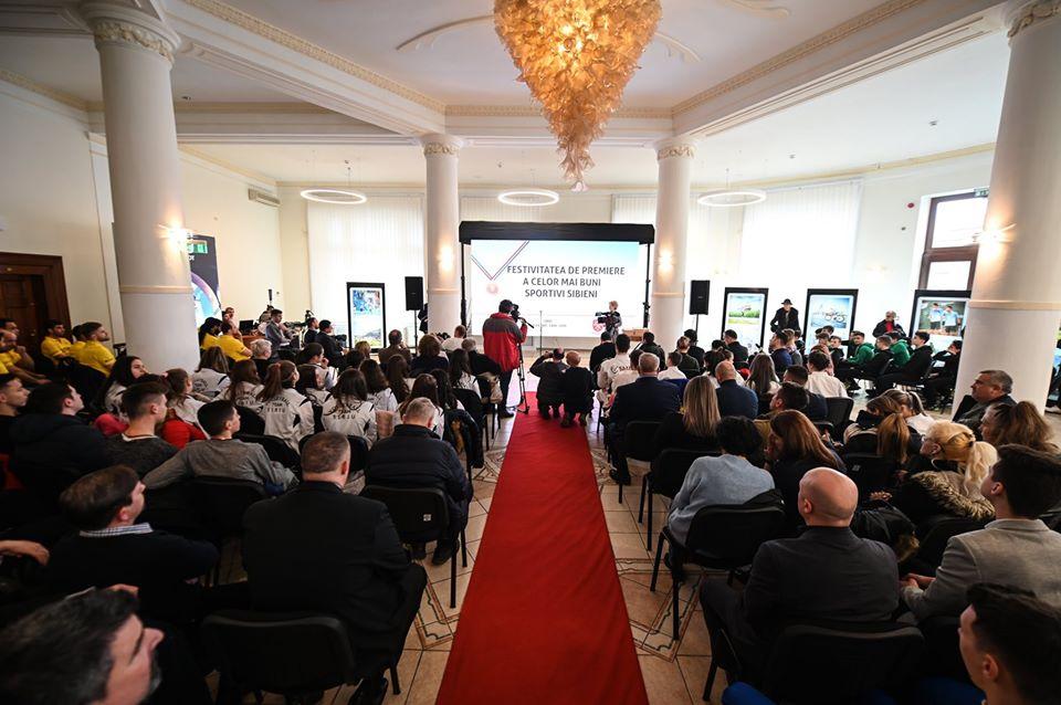 Primăria Sibiu a premiat sportivii cu performanțe în 2019