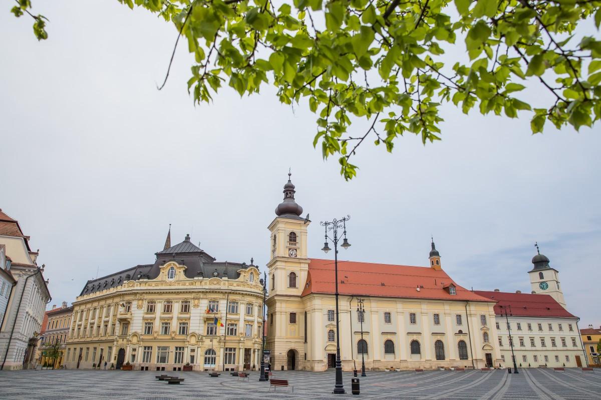 Direcția de Asistență Socială din subordinea Primăriei Sibiu este alături de sibieni în această situație dificilă
