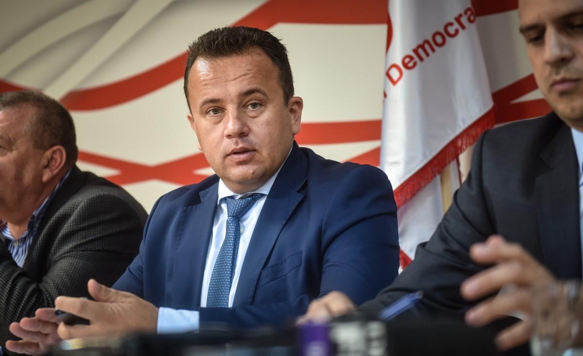 Ministerul Educației l-a dat afară pe inspectorul școlar general din Ialomița pentru greșelile celui din Arad