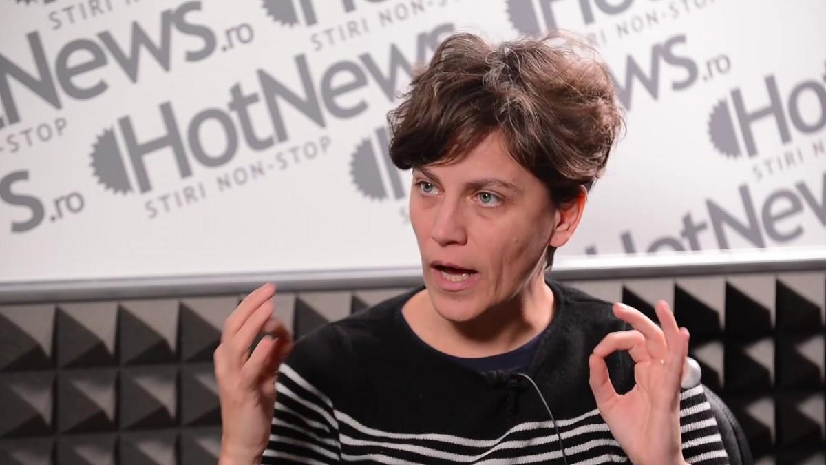 Raluca Feher a lansat romanul Să nu Râzi :((: Am încercat să definesc situația de