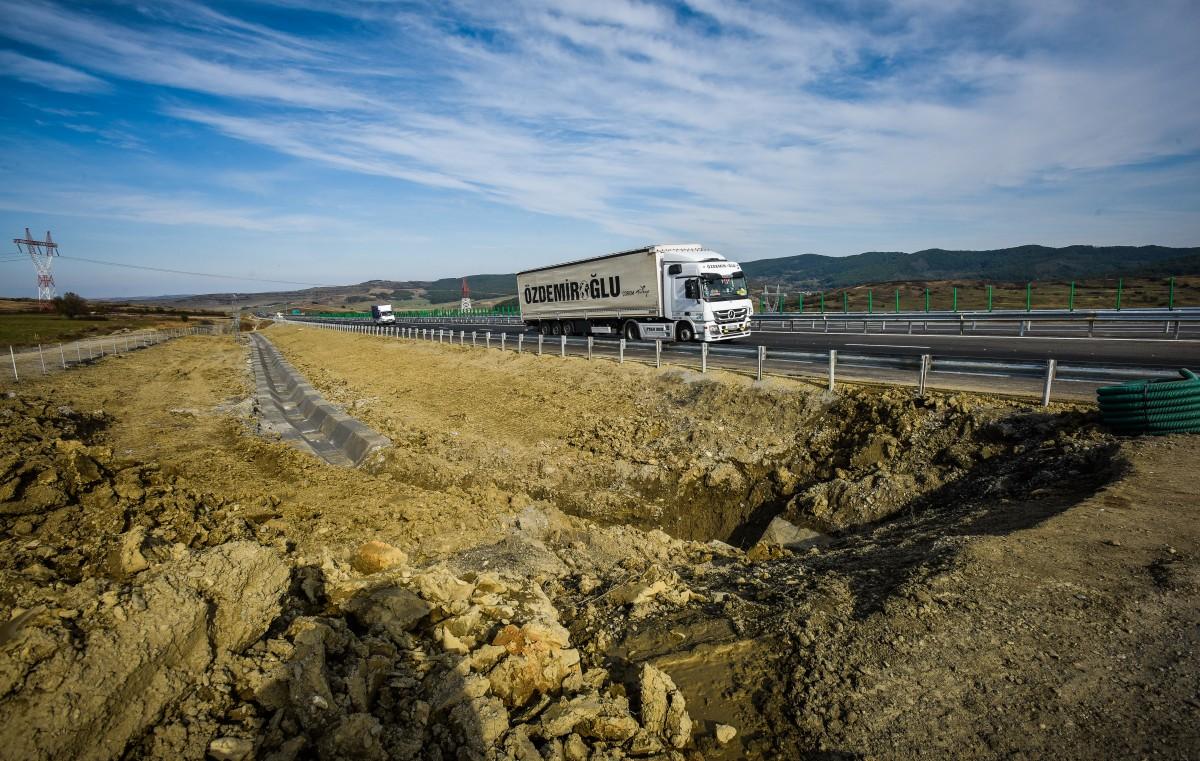 Ce-am văzut pe autostrada redeschisă între Săliște și Cunța   Video și foto