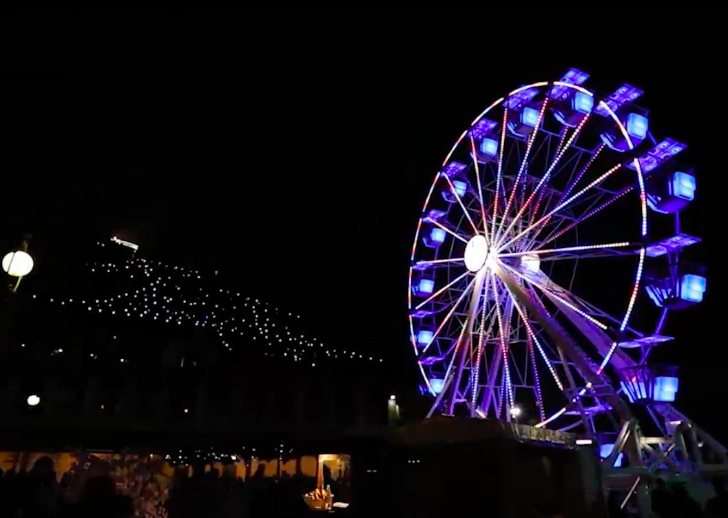 Premieră în Piața Mare: Roată panoramică la Târgul de Crăciun