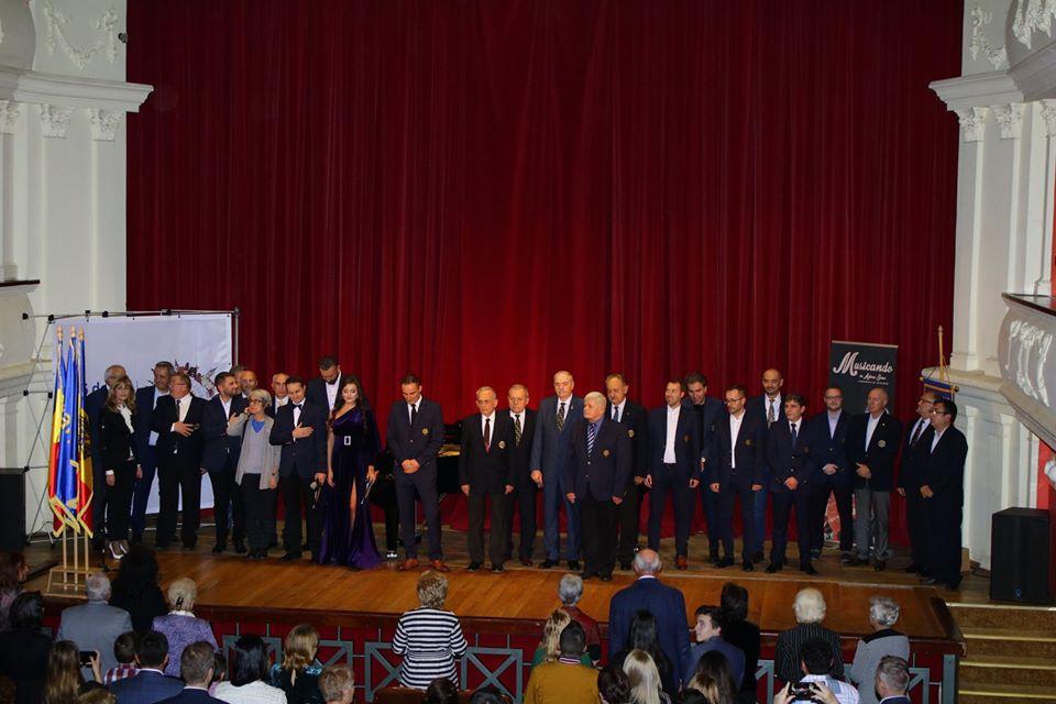 Maria Morariu, Octavian Ianc și Mihai Secoșan- cei trei olimpici premiați in cadrul Galei de Excelenta de Clubul Rotary Sibiu