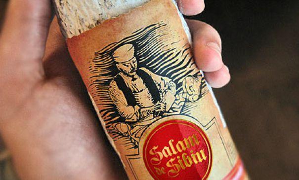 Salamul de Sibiu nu este făcut cu carne locală. Nici măcar cu carne din țară