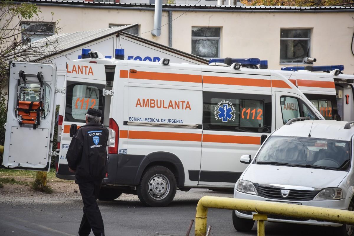 Ambulanța: 74 de intervenții de revelion