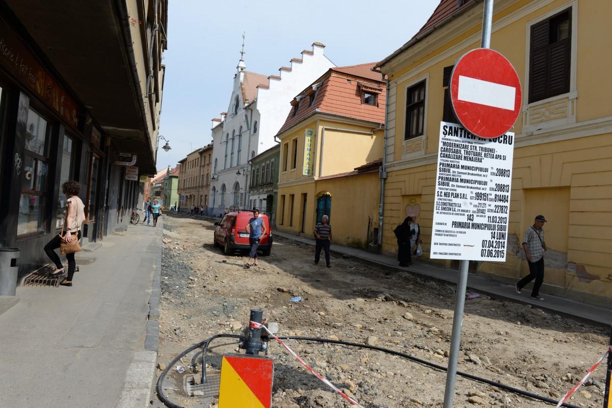 ANCOM a aprobat condiţiile instalarea reţelelor publice de comunicaţii electronice în Sibiu