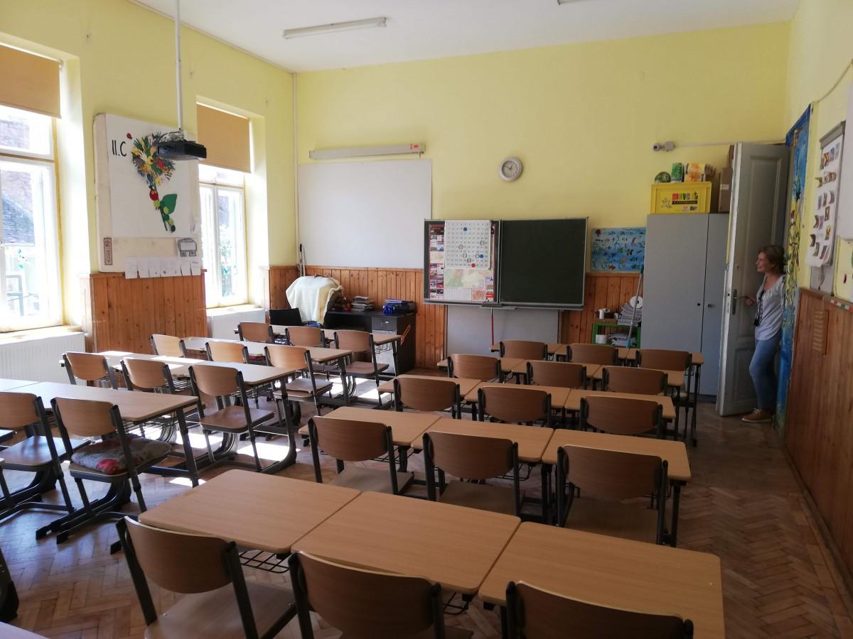 Anunț oficial: Toate școlile din România închise din 11 martie