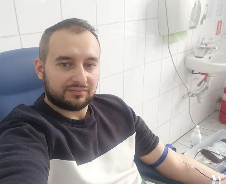 """Scădere dramatică a donărilor de sânge în Sibiu, din cauza crizei COVID-19. Campania """"weGive - Eroi în acțiune"""" arată că se poate dona în siguranță"""