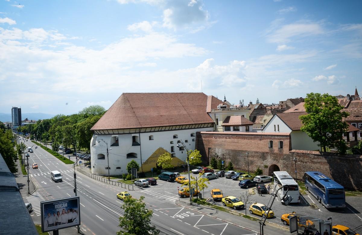 Americanii de la Forbes pun Sibiul în topul destinațiilor europene: Poezie şi frumuseţe la fiecare colţ de stradă