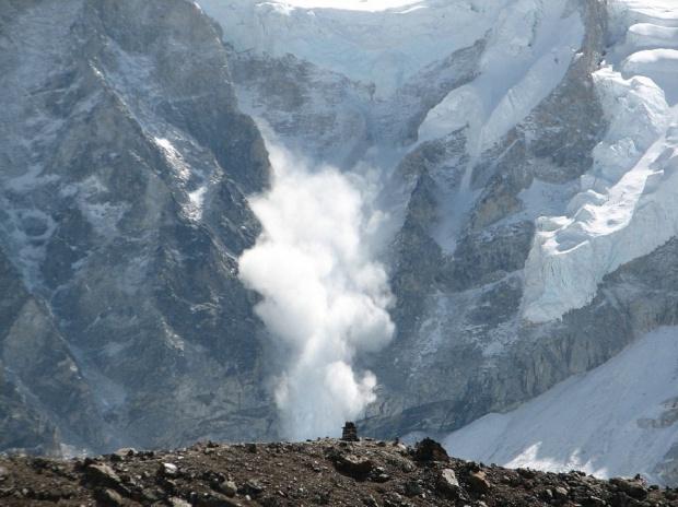 Risc ridicat de avalanșă la Bâlea Lac. Turiștilor li se recomandă să nu schieze