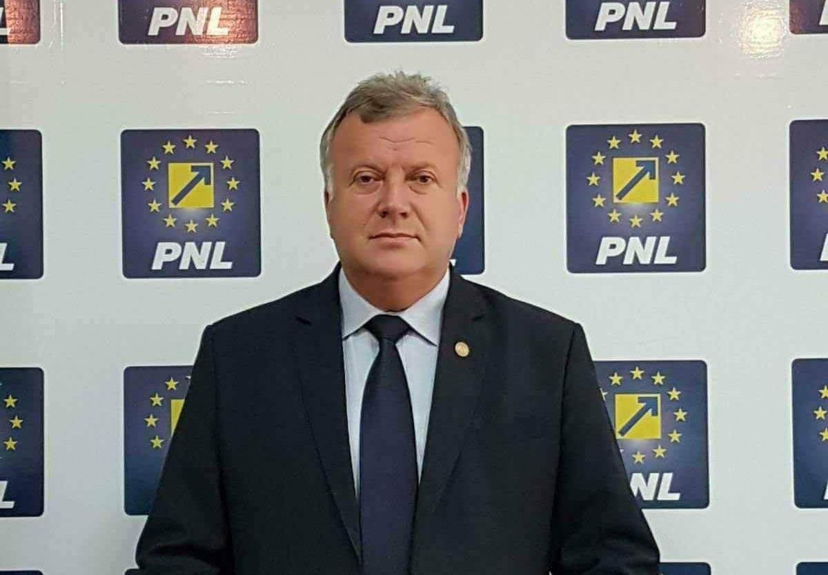 Constantin Șovăială: Nu-l vedem, nu are gust, nu-l simțim. Feriți-vă de coronavirus stând acasă