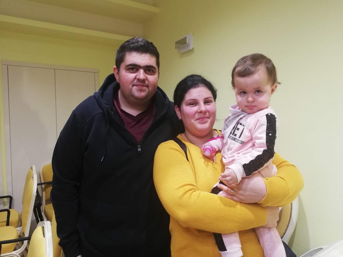 """Copiii operați de spina bifida la Sibiu au fost celebrați la Polisano. Fetiță din Rășinari, exemplul că """"nu trebuie să renunțați. Se poate"""""""