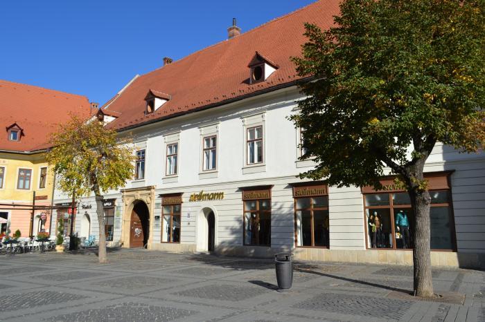 Fabrica Sib Dress din Sibiu, care producea pentru Steilmann, închisă. 138 de oameni rămân fără job