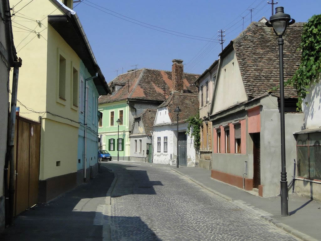 CJ Sibiu a cumpărat o casă din centrul istoric în care funcționează o grădiniță: prețul negociat, mai mic decât cel evaluat