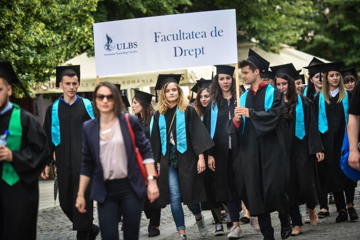 Studenții de la Drept pot ajunge la Viena și Strasbourg. Care sunt condițiile