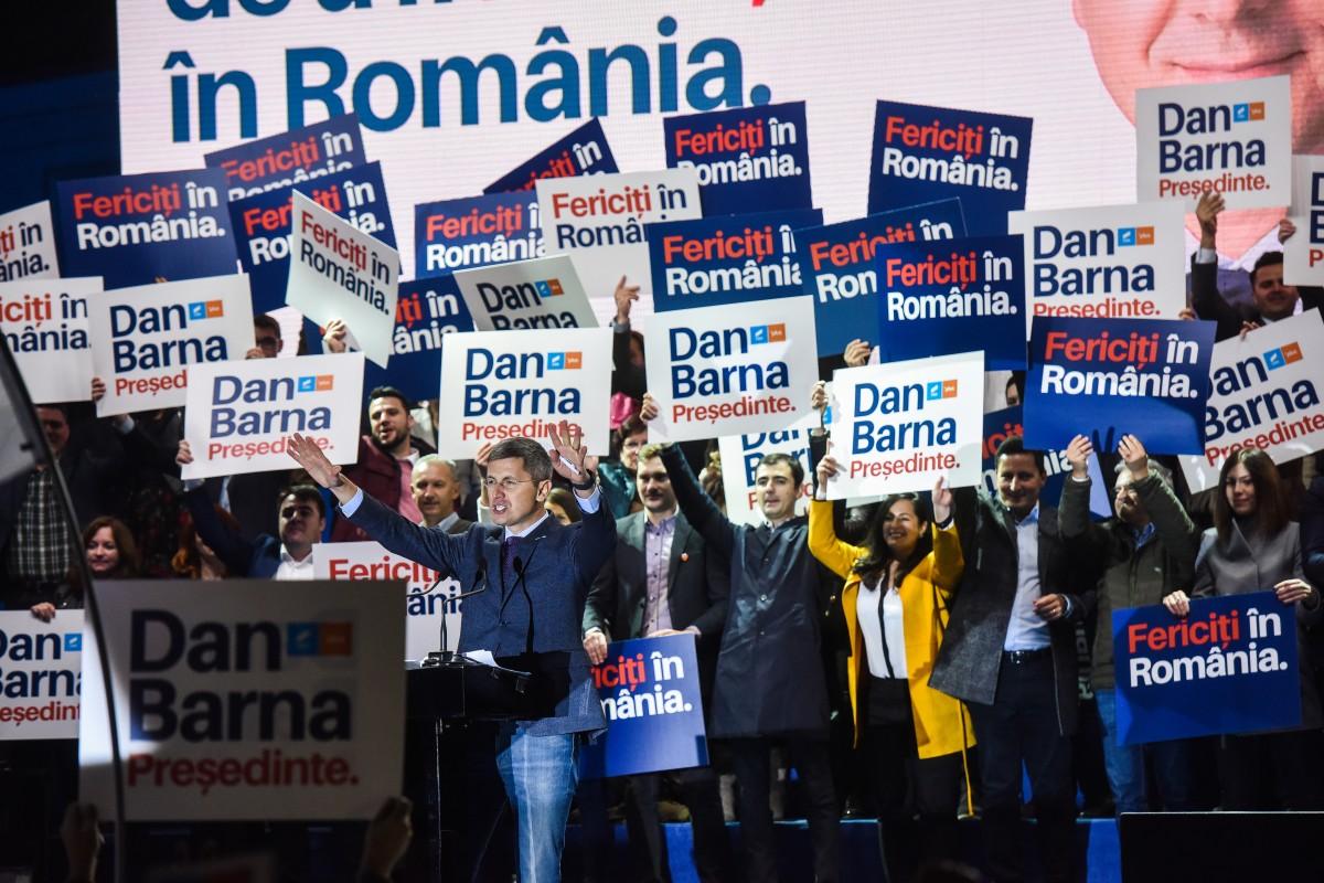 """30 de minute despre 30 de ani. Dan Barna, la Sibiu: """"E datoria noastră să încheiem revoluția părinților care ne-au dat libertatea"""""""