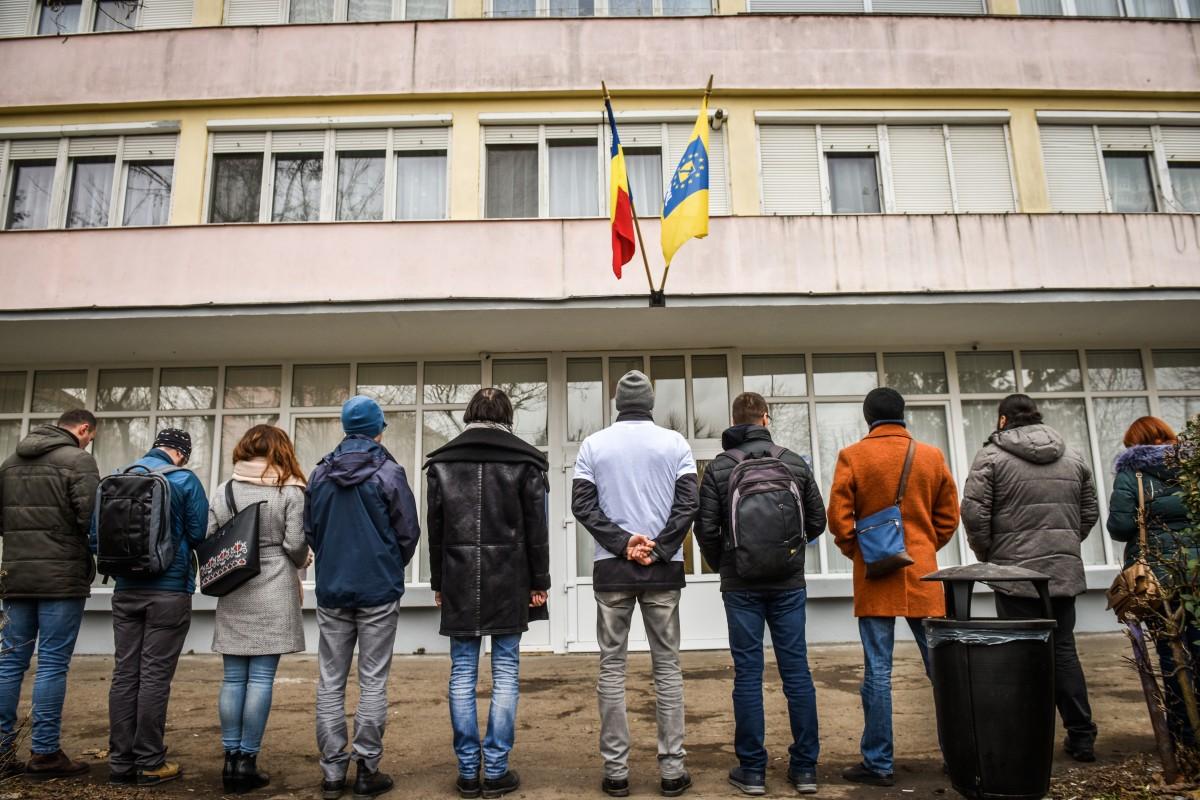 """Protest Vă Vedem la PNL Sibiu, pentru Roșia Montană. Ministrul Culturii: """"Nu amânăm demersul"""""""