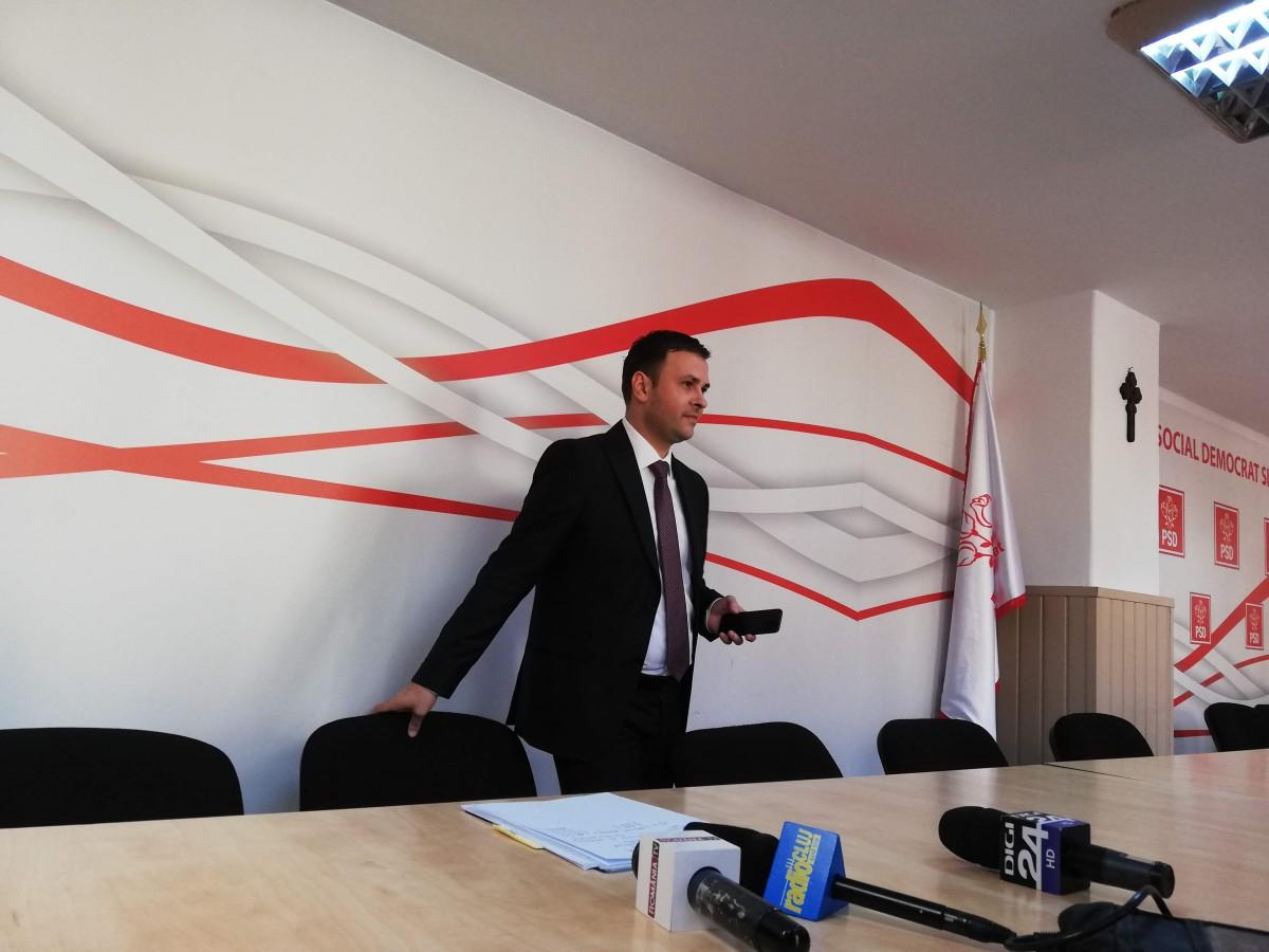 Ministrul Dezvoltării, despre Daniela Câmpean: Un grof care se înfruptă din PNDL