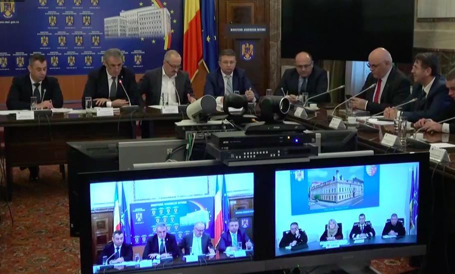 """Probleme la o secție de votare din Sibiu.Ministrul de Interne, despre pregătirea pentru turul II al alegerilor: """"O să vorbesc și eu cu Primăria"""""""