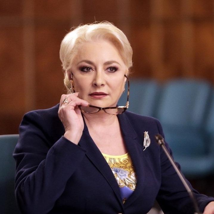 PSD Sibiu: Sibieni, nu-l mai trimiteți pe Iohannis încă 5 ani în vacanțe plătite de noi toți!