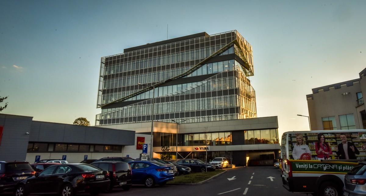 """VIDEO Singura """"clădire verde"""" de birouri clasa A+ a fost inaugurată. """"Nișa de pe fațadă reia conturul munților Făgăraș"""""""