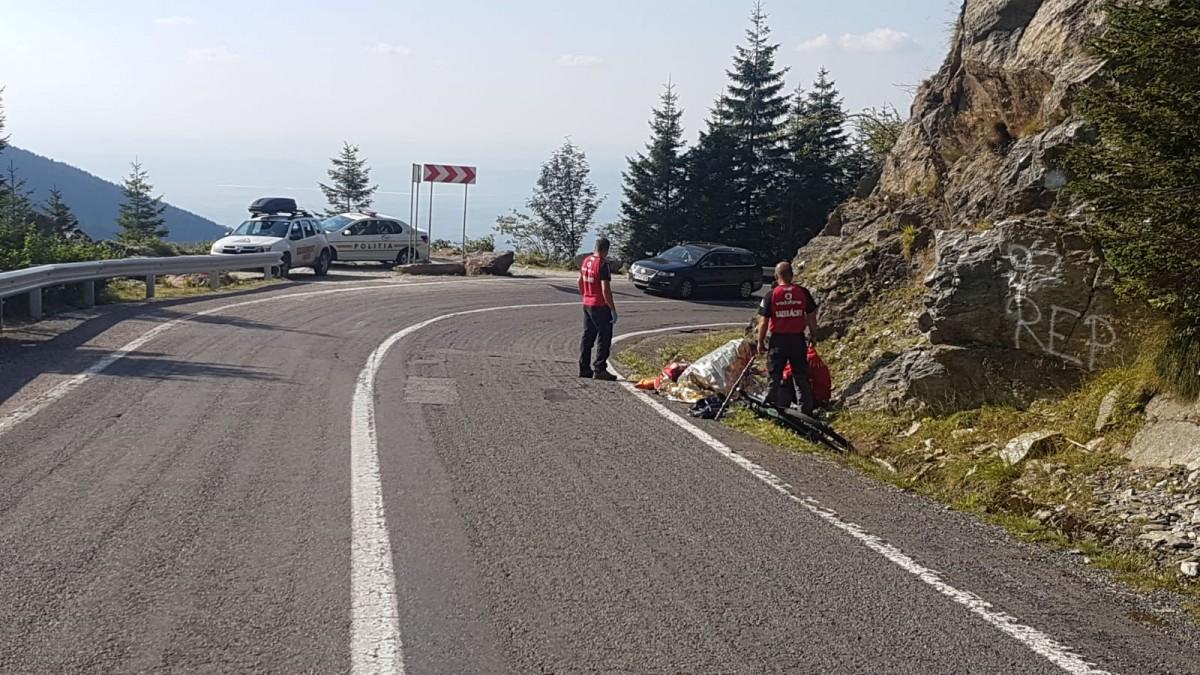 Un biciclist a ajuns la spital, după ce a căzut pe Transfăgărășan