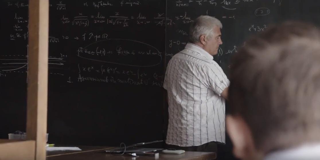 """""""Profu'"""" – Portretul dascălului rebel care se luptă cu sistemul de învățământ"""