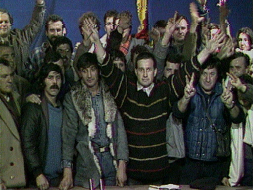 Videogramele unei Revoluții cu repetiție, dar fără scenariu