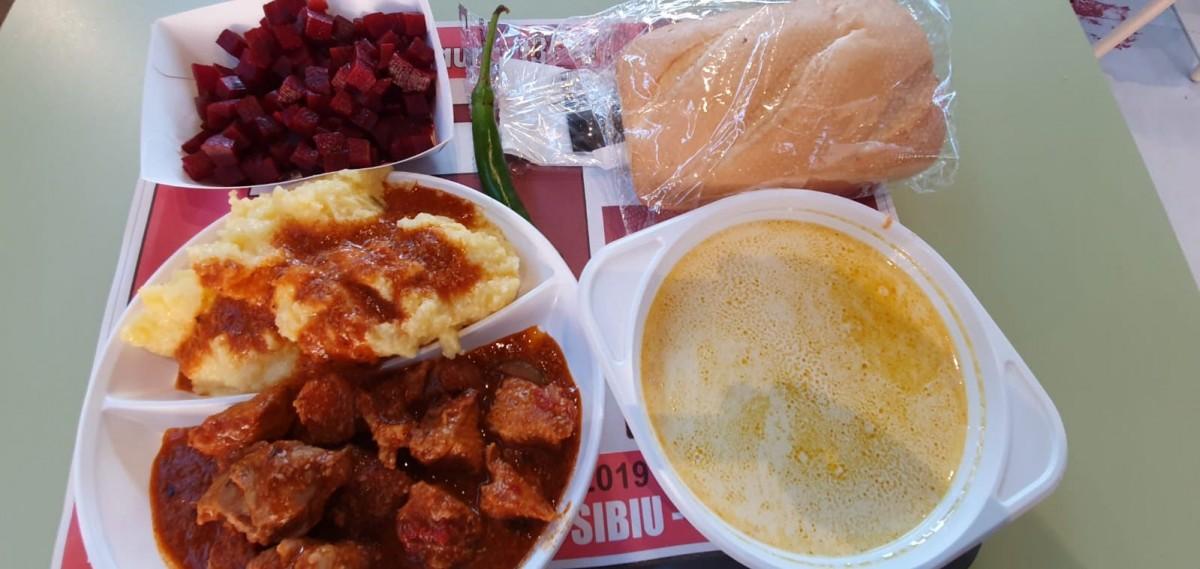Am mâncat în noul mall. Bucătărie românească autentică