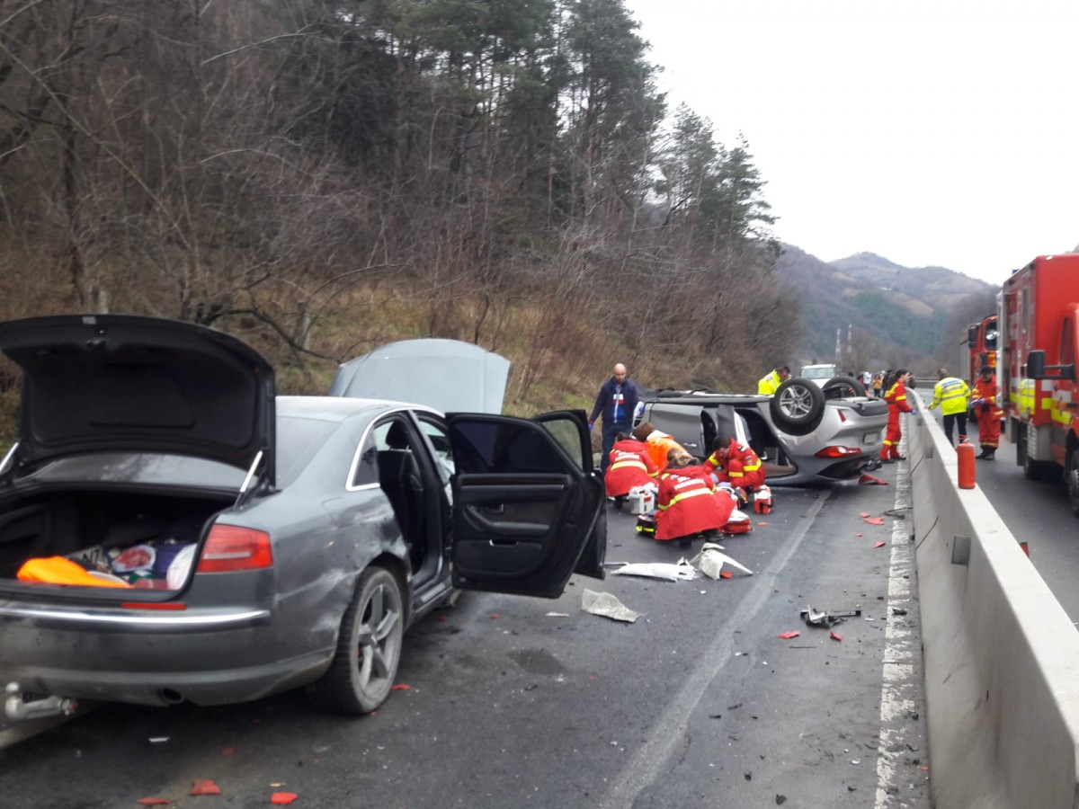 Soț și soție,morți în accidentul de pe Valea Oltului. Se aflau în mașina care circula regulamentar