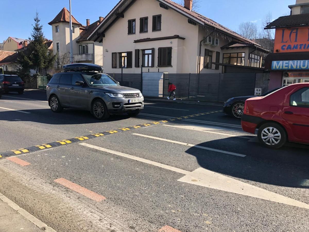 """Cum justifică Primăria și Poliția noile """"calmatoare de trafic"""" de pe Șoseaua Alba Iulia"""