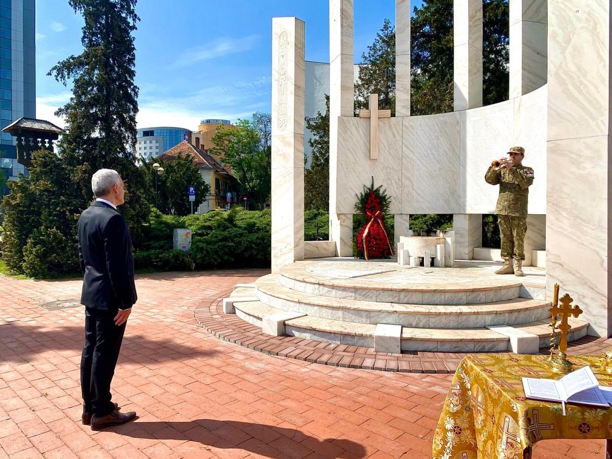 Ziua Independenței de Stat a României a fost marcată la Sibiu, fără ceremonii. Mesajul prefectului Mircea Crețu