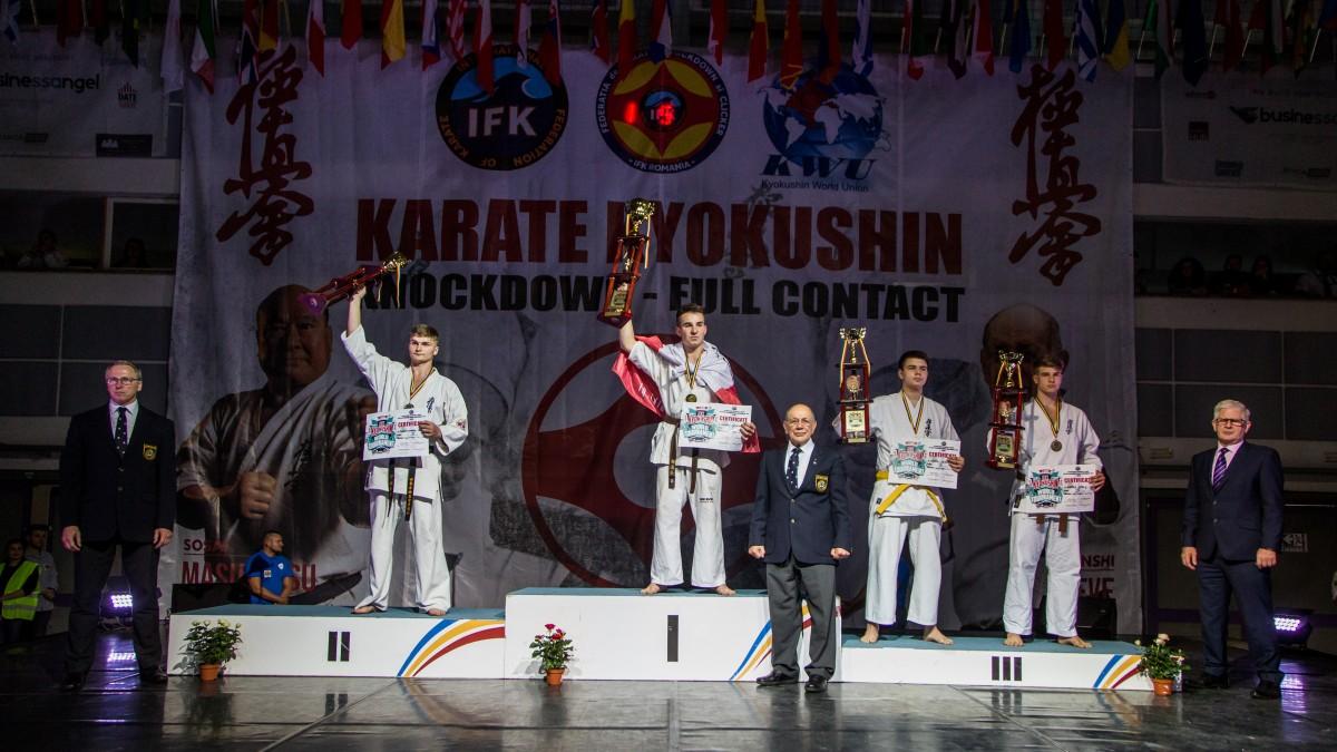 Rușii au câștigat cele mai multe medalii la Campionatului Mondial de Karate de la Sibiu