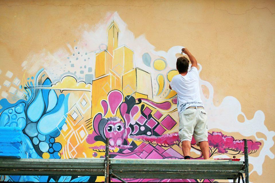 Zidurile prind din nou culoare la Sibiu. 27 de artiști vor revitaliza orașul, la Street Art Festival