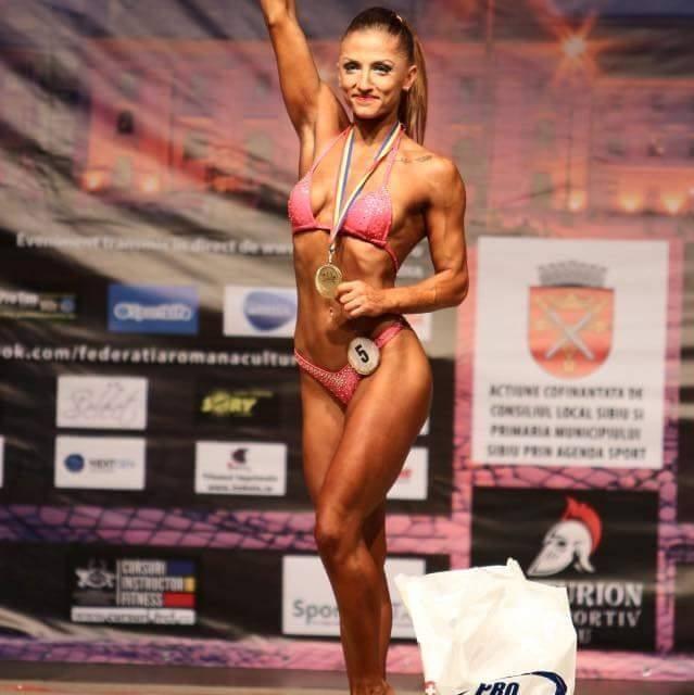 Performanţa anului pentru Streza Team. Sibianca Andreea Ungureanu este noua campioană naţională la culturism