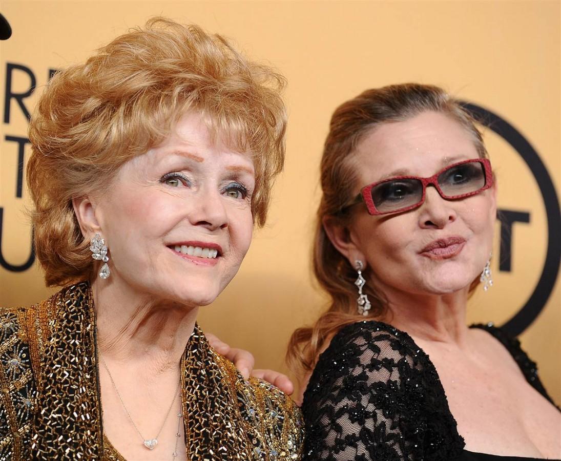 A murit actriţa Debbie Reynolds, partenera lui Gene Kelly în filmul