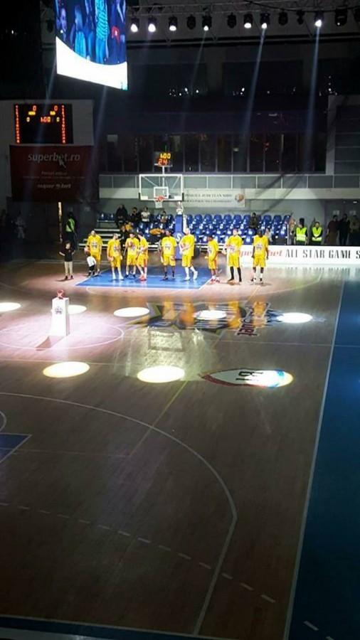 Video - spectacol oferit de vedetele baschetului românesc în All Star Game