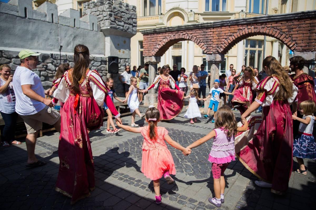 """Trei zile până la """"Blestemul Vrăjitoarei"""" în Sibiu – Nu ratați Festivalul Medieval """"Cetăți Transilvane"""""""