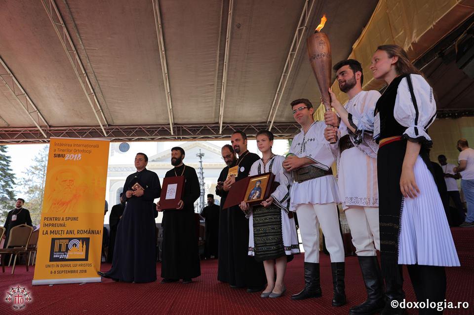 Mii de tineri ortodocși din toată lumea se întâlnesc la Sibiu