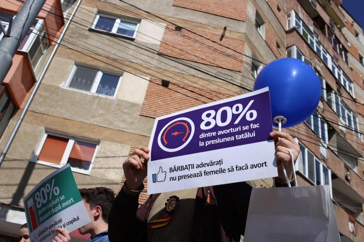 Marșul pentru viață a adunat câteva sute de persoane în Sibiu