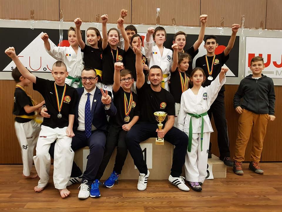 Sportivii de la Puma, campionii Cupei Transilvaniei la Taekwon-do