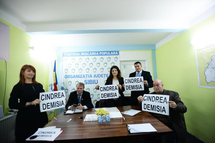 PMP acuză: PNL Sibiu face blat cu Cindrea!&;