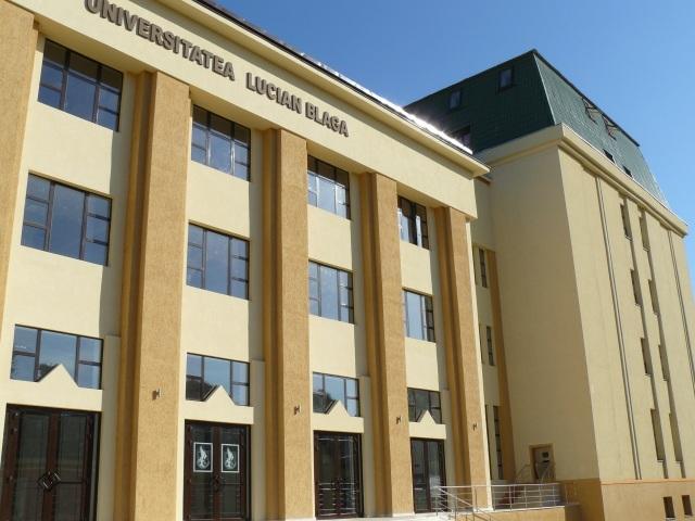 ULBS: s-a eliminat taxa cardului de bibliotecă pentru studenți