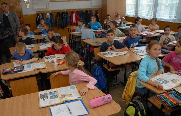 Inspectoratul Școlar: Nu există școală în județ unde să nu înceapă cursurile la timp